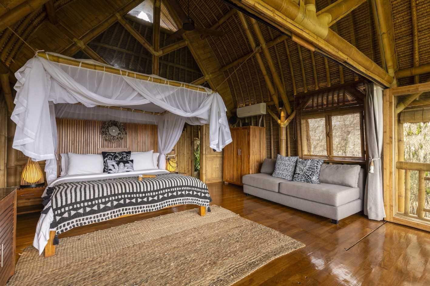 padi putih and hitam luxury villa at sidemen